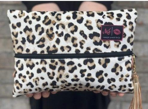 NEW!!! Makeup Junkie Jungle Cat Tan Bag