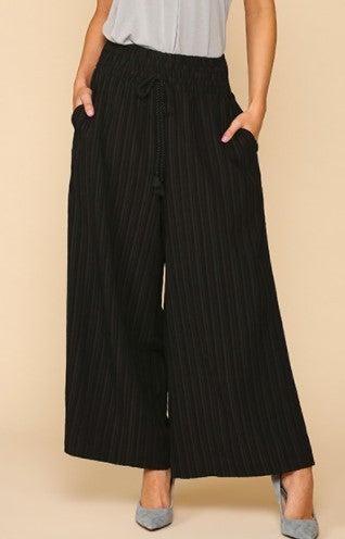 Wide Leg Pleated Waist Band Pants