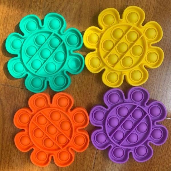 Bubble Pop Fidget Game Flowers