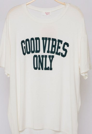 'Good Vibes Only' Oversized Graphic Tee