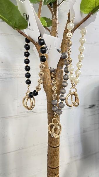"""""""XOXO"""" W/ Pearl Bead Keychain Bracelet"""