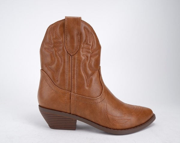 Rigging Cowgirl Style Ankle Boots