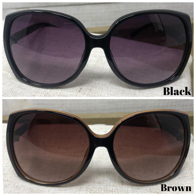 Oversized Square Sunglasses + Case