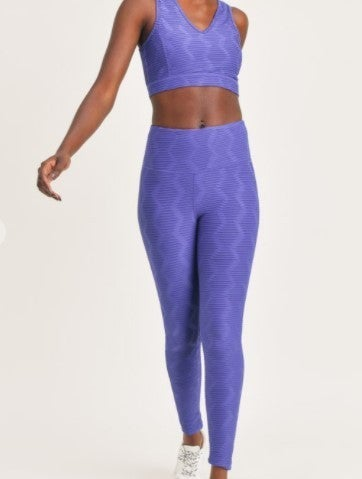 Set - Textured Sectional Ribbed Jacquard TACTEL Leggings & Sports Bra
