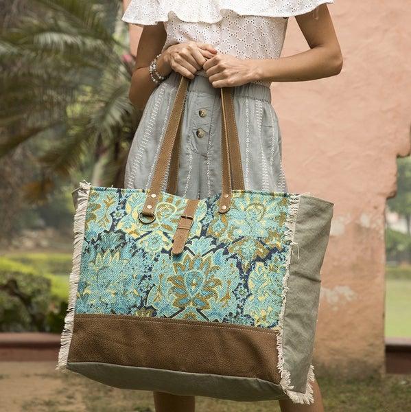 Aqua Magic Weekender Bag