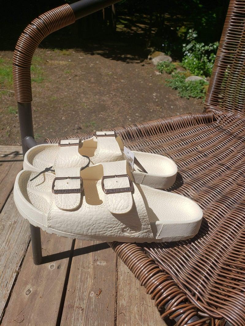 Pali Hawaii Buckle Sandal