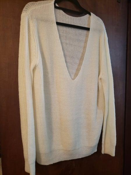 White V Neck Sweater *Final Sale*