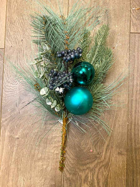 15 inch Pine Pick w/ Blueberries, Eucalyptus, and 2 Ornaments