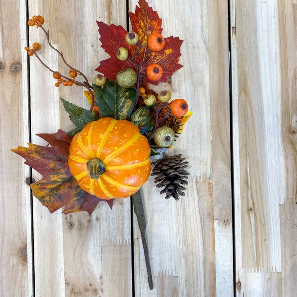 14 inch Pick- Pumpkin/ Pinecone/ Berry