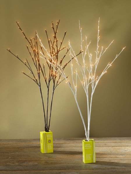 Plug-In Light Branches (2 color options)