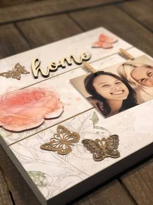 """Home"" Pallet Board Photo Display"
