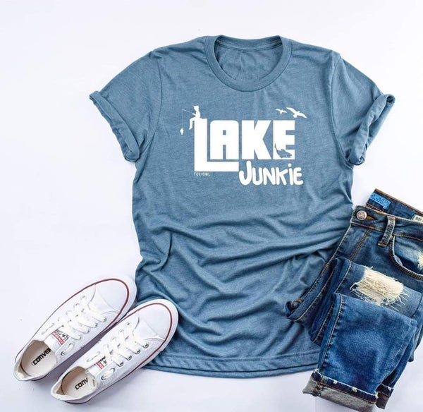 Lake junkie graphic tee
