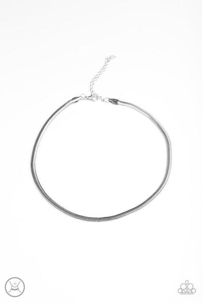 Paparazzi Necklace ~ Flat Out Fierce - Silver