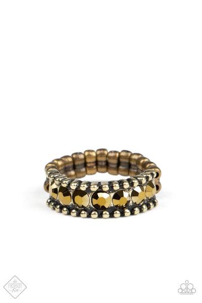 Paparazzi Ring ~ Crank It Up - Brass - Fashion Fix Aug2020