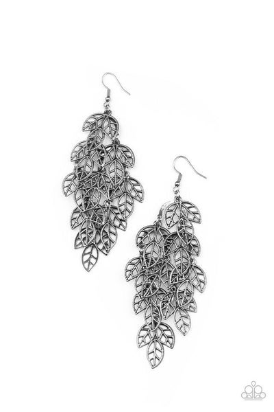 Paparazzi Earring ~ The Shakedown - Silver
