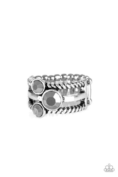 Paparazzi Ring EMP Exclusive ~ Head In The Stars - Silver