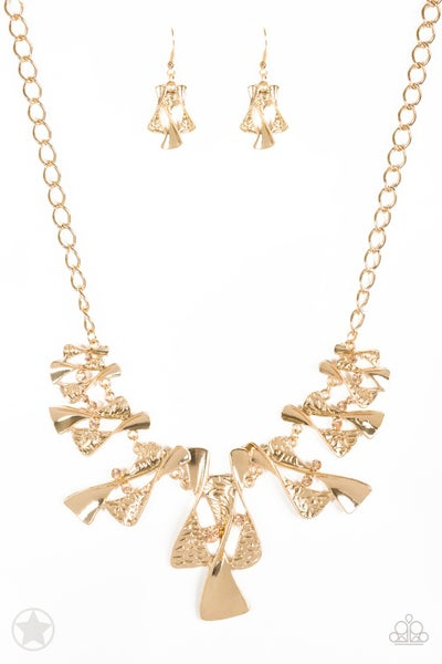 Paparazzi Necklace Blockbuster - The Sands of Time - Gold