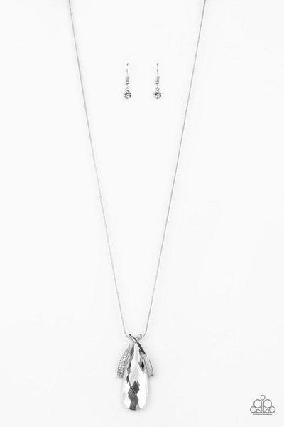 Paparazzi Necklace ~ Stellar Sophistication - White