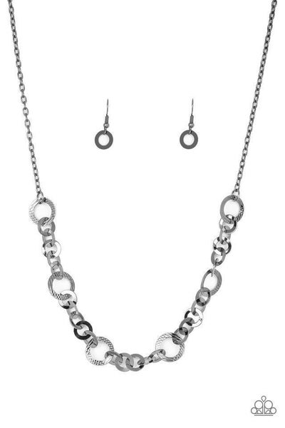 Paparazzi Necklace ~ Move It On Over - Black