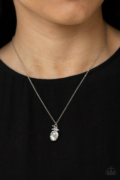 Paparazzi Necklace ~ Diamonds For Days - White