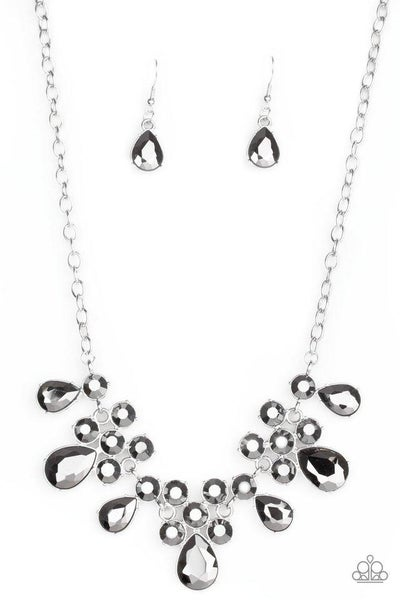 Paparazzi Necklace ~ Debutante Drama - Silver