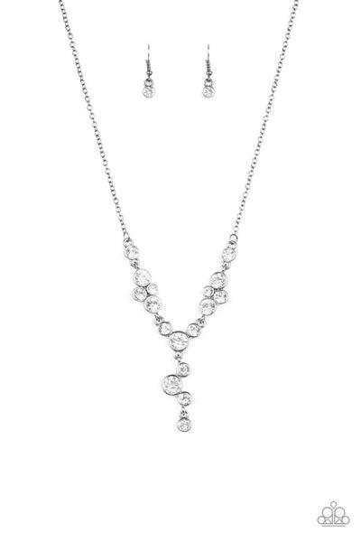 Paparazzi Necklace ~ Five-Star Starlet - Black