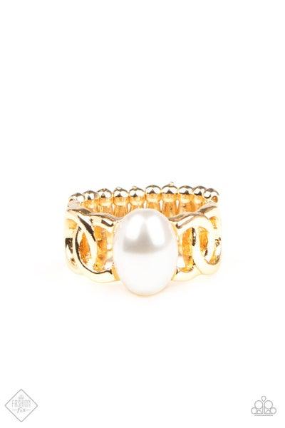 Paparazzi Ring ~ Glamified Glam - Gold - Fashion Fix Aug2020