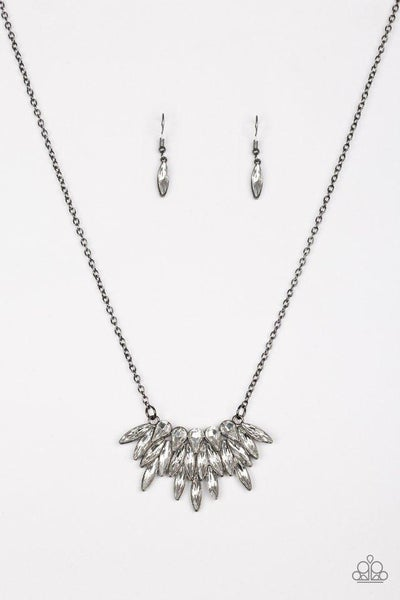 Paparazzi Necklace - Crowning Moment - Black
