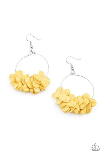 Paparazzi Earring ~ Flirty Florets - Yellow