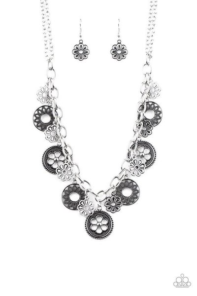Paparazzi Necklace ~ Meadow Masquerade - Silver