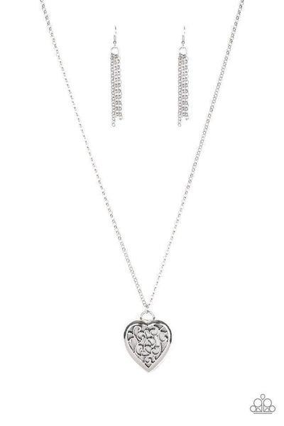 Paparazzi Necklace ~ Victorian Valentine - Silver