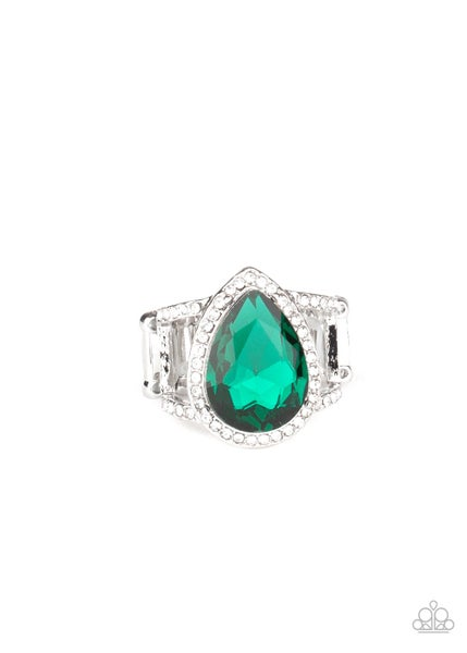 Paparazzi Ring ~ BLINGing Down The House - Green