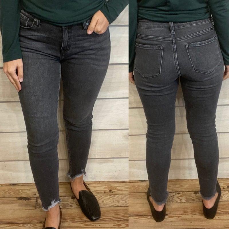 Washed Black Skinny Jeans with Frayed Hem