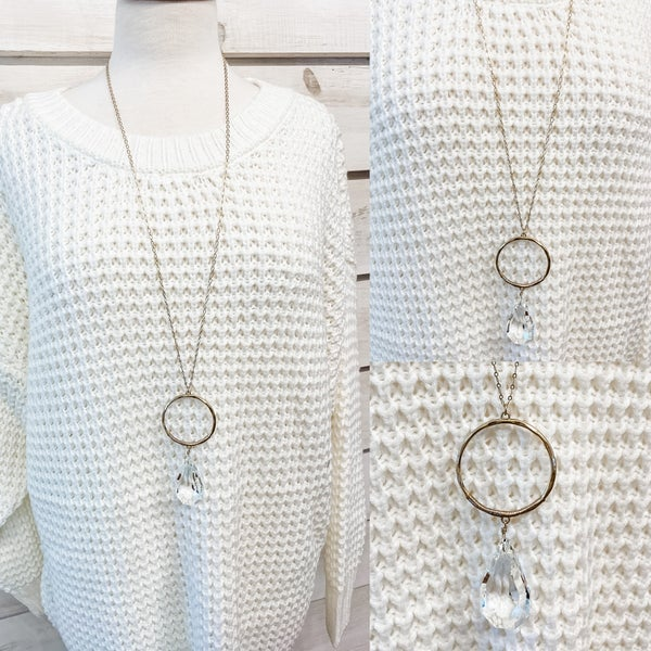 Clear Shimmering Glass Stone Necklace