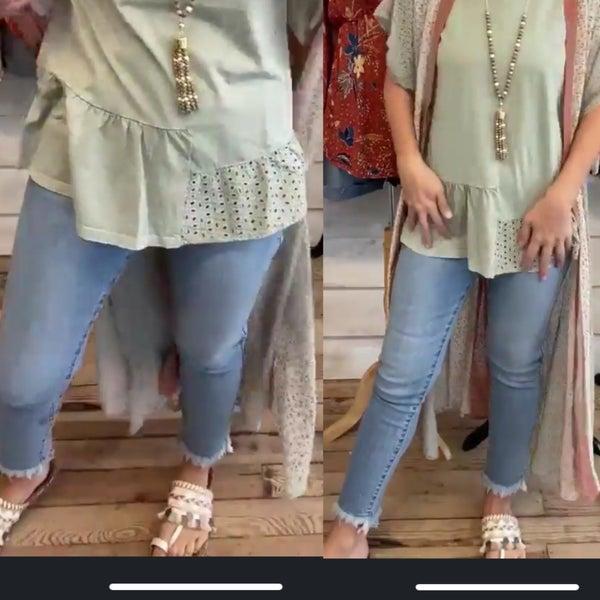 Midwash Frayed Hem Jeans