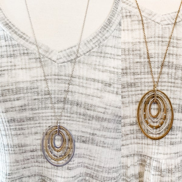 Layered Metal Oval Ring Pendant with Rhinestones Necklace