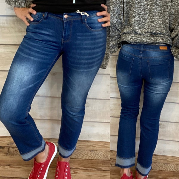 Mid Rise Jeans with Double Hem Bottom *Final Sale*