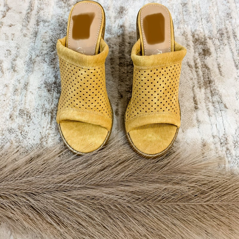 Yellow Laser Cut Heel