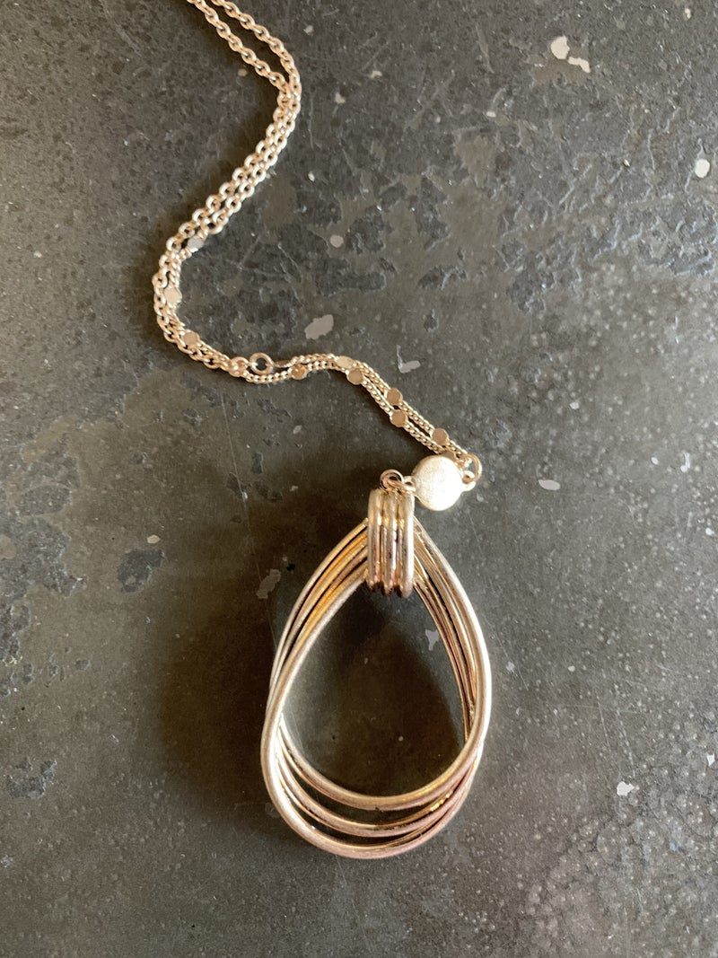 Twisted Oval Gold Necklace