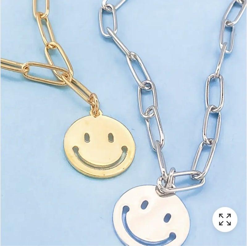 Smiley Daze Pendant Necklace