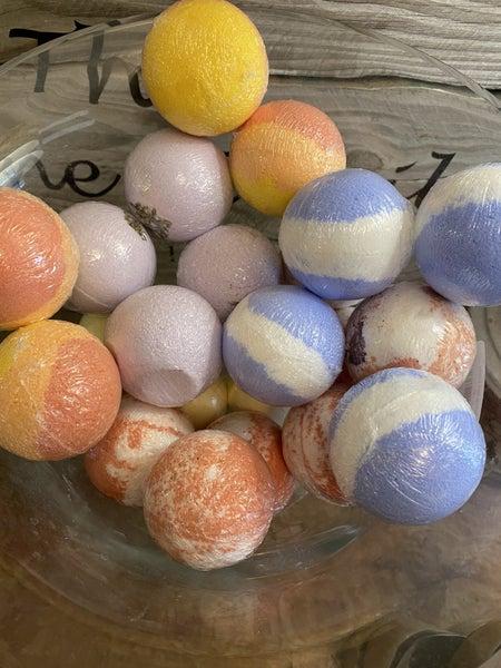Natural Bath Bombs  - (5 scents)