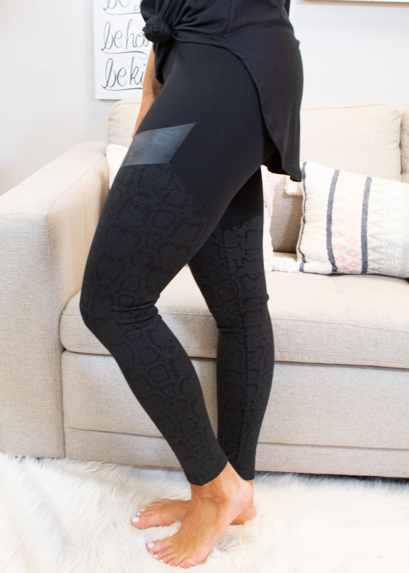 High Waisted Leggings With Print Detail