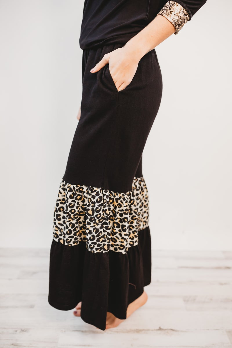 High Waist Ruffle Wide Leg Animal Print Pants With Pockets