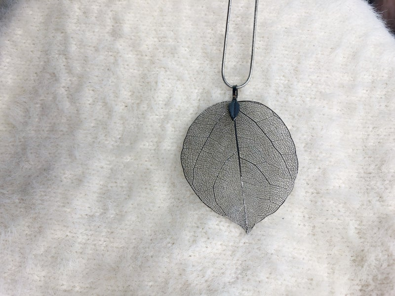"""Be Leaf In""  Necklace"