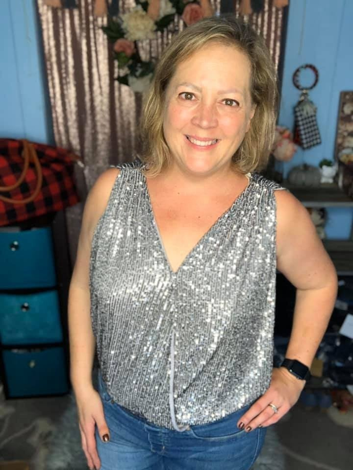 Sleeveless Sequin Top Silver *Final Sale*