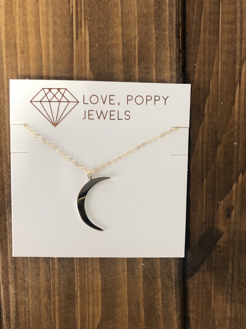 Love, Poppy Short Moon Necklace