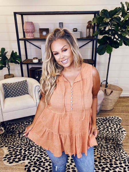 Hungry Eyes Top - Coral
