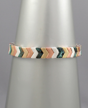 Going the Extra Mile Bracelet - Patina