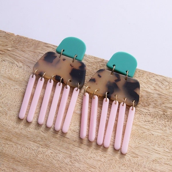 Can't Forget You Earrings - Pink