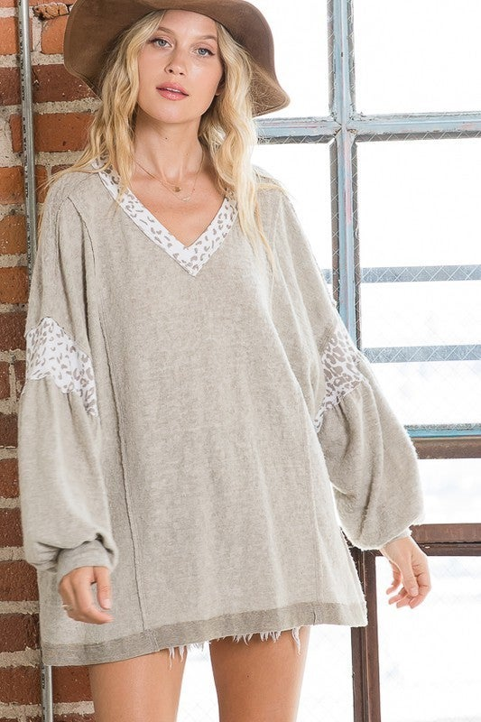 Feeling Adorable Top - Taupe